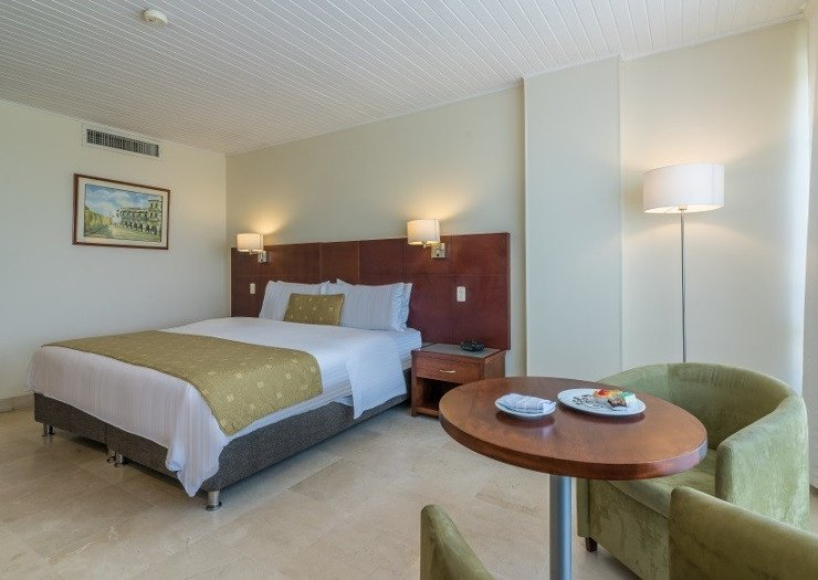 Laguito superior room caribe by faranda grand hotel cartagena