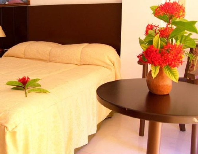 Single room beach house puerta del sol playa el agua hotel isla margarita