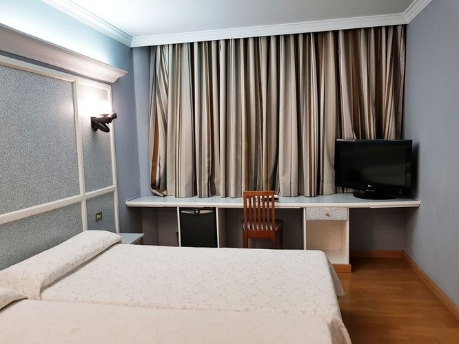 Double room city house las lomas hotel oviedo